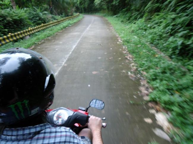 A Guide to Motorbiking Nusa Lembongan - Travel Lush